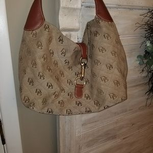 Dooney & Bourke  Signature Hobo